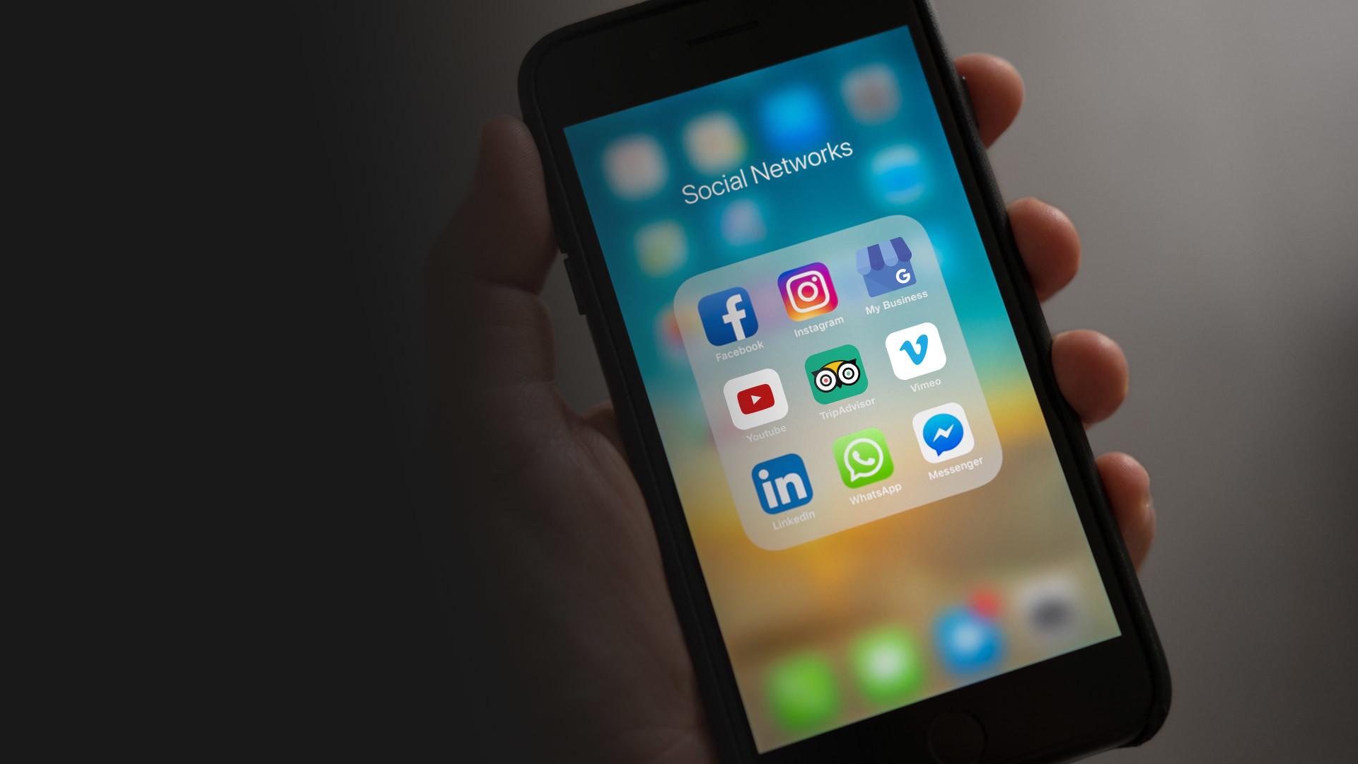 Gestione social media piano editoriale
